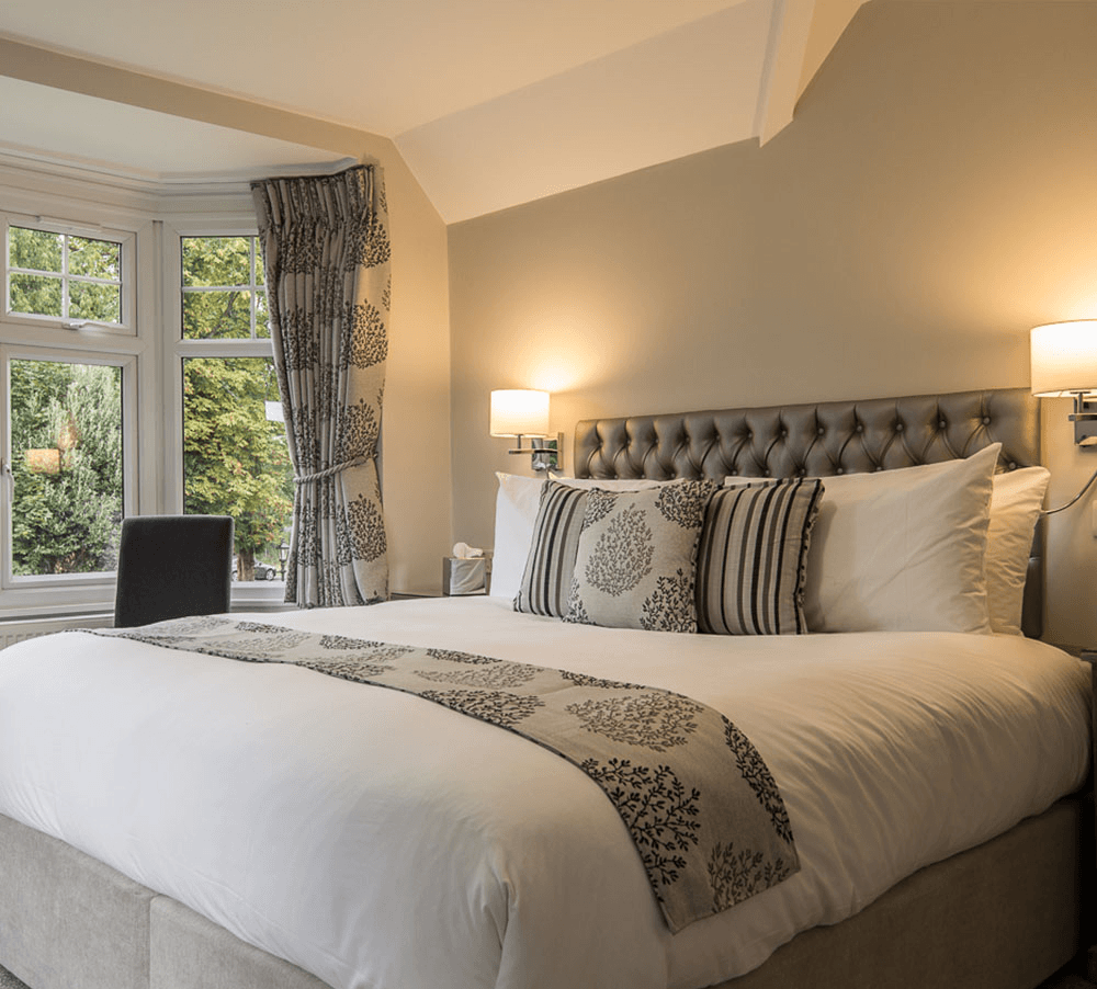 The maple manor hotel at gatwick with meet and greet parking m4hsunfo